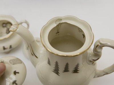 Porcelain_tea